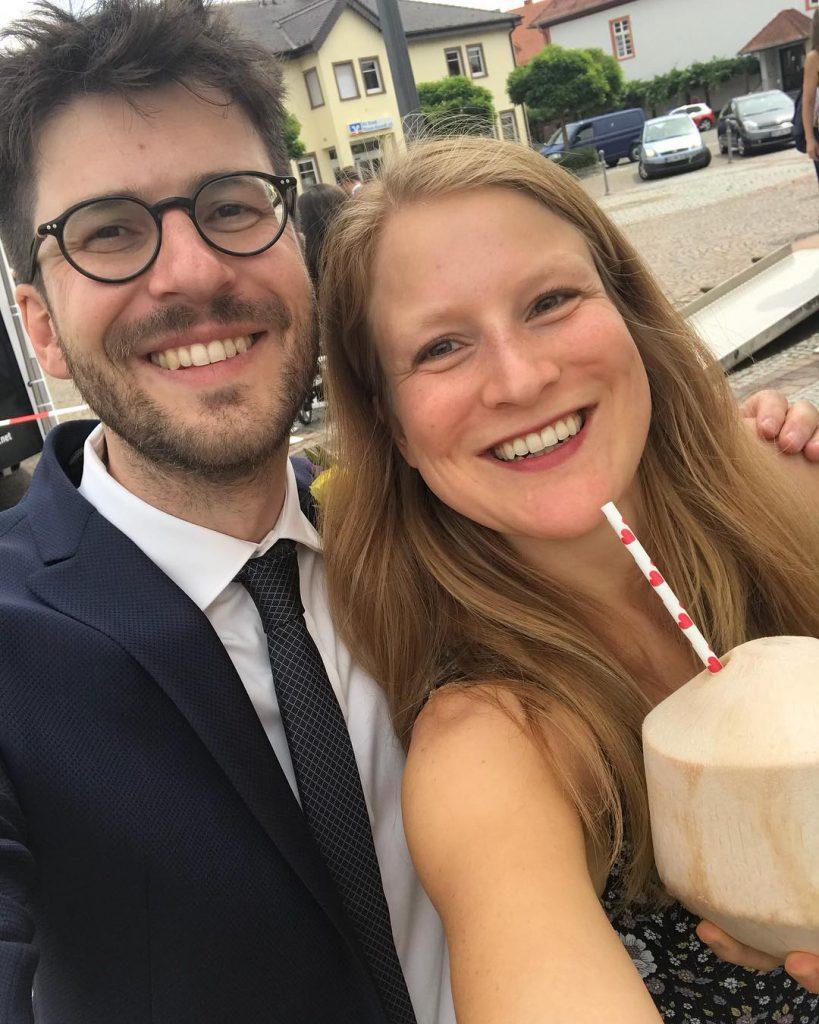 Bild zu Rohvegan auf einer Hochzeit - Kokosnuss